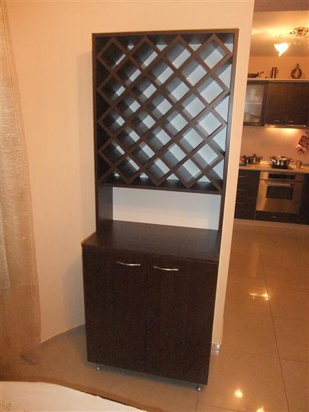 Шкаф за вино